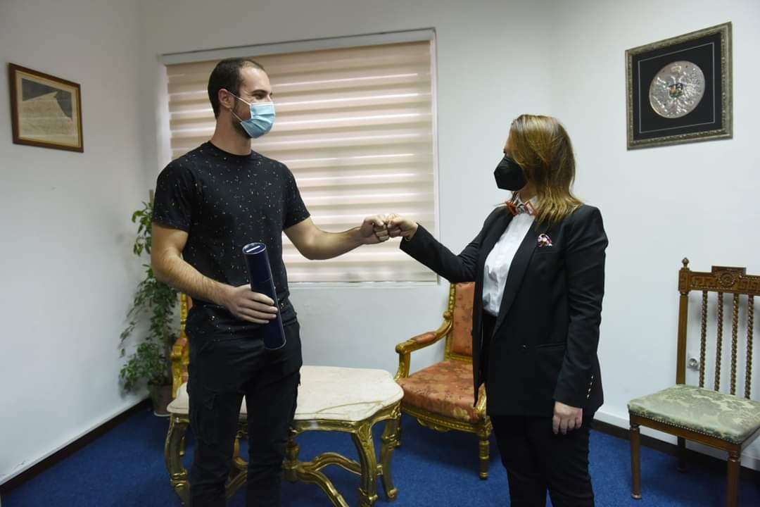 Predsjednica Pozorišnog savjeta dodijelila stipendiju